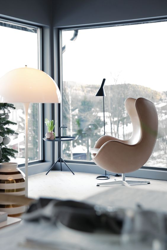 Egg Chair Arne Jacobsen at home
