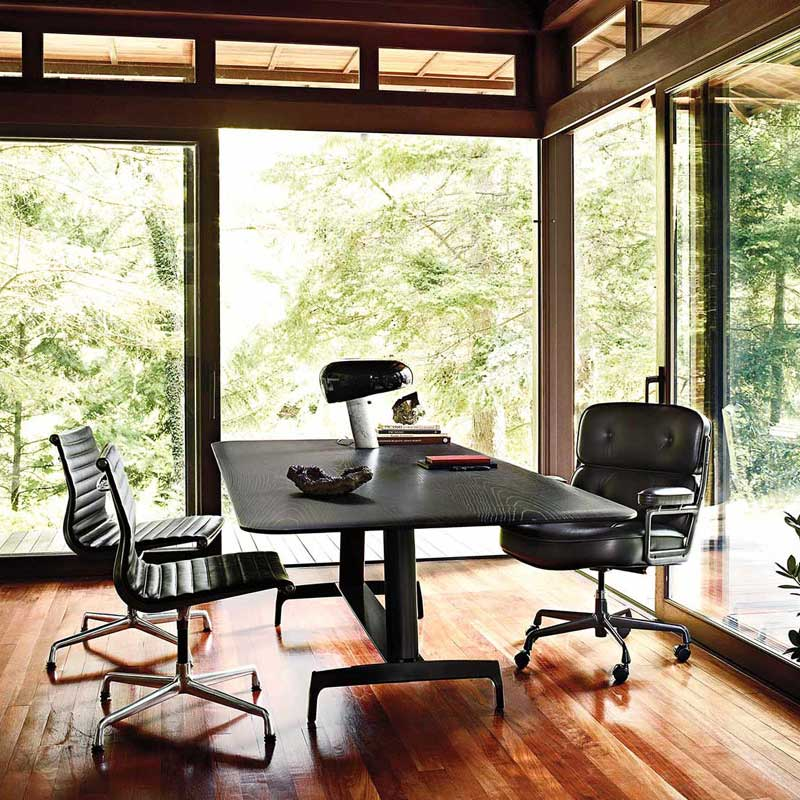 Eames Executive Chair Charles and Ray Style