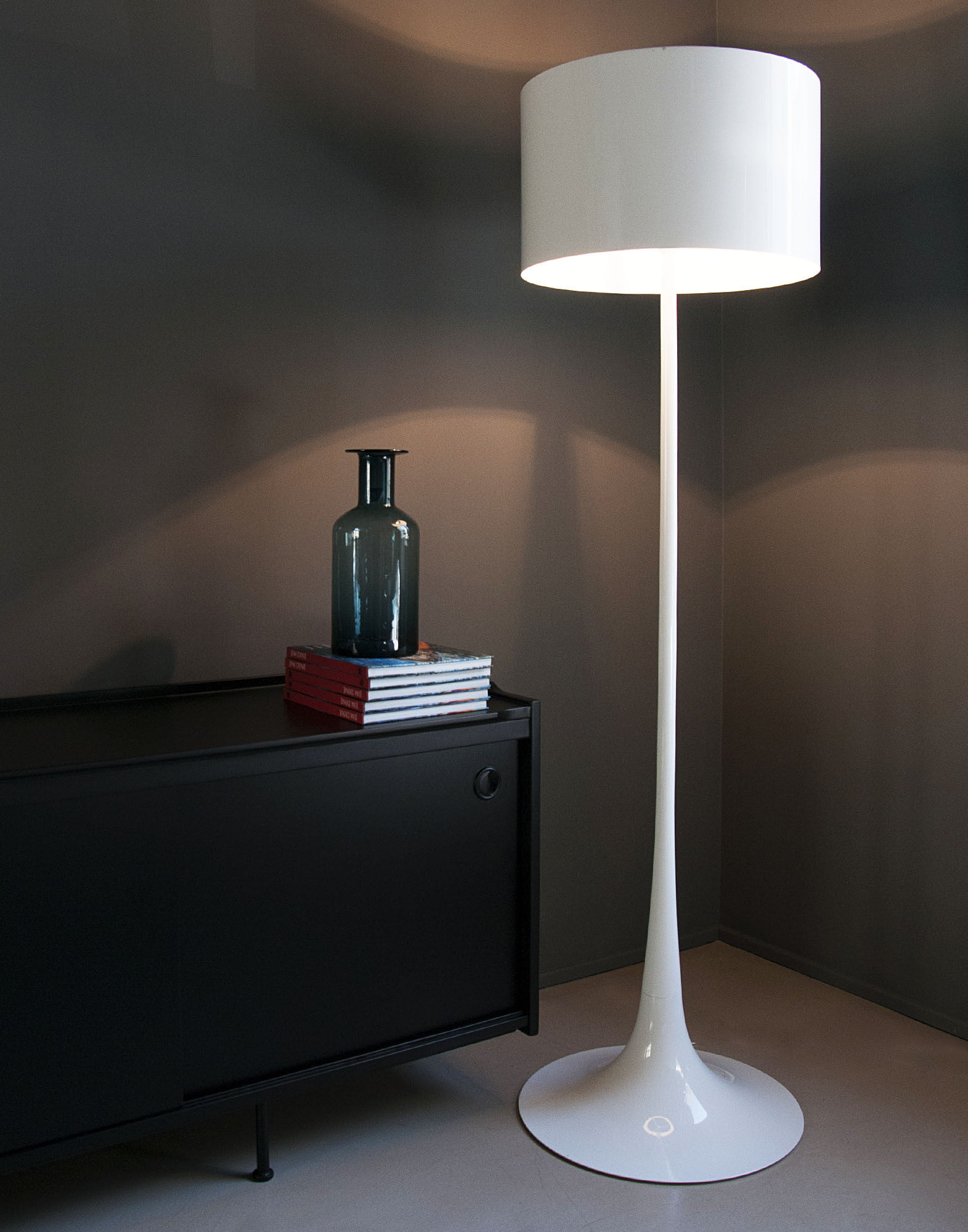 Flos Spun Floor Lamp | FurnishPlus